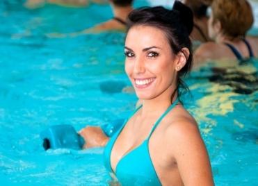 L'aquagym est adapté à tous les âges et à tous les niveaux sportifs.