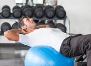 Au body scupt, on alterne les séries d'exercices : bras, jambes, abdos... tout y passe !